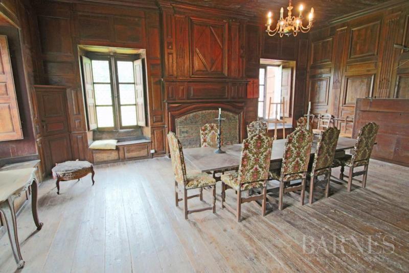 Château / Manoir de prestige LARUNS, 450 m², 6 Chambres, 599000€