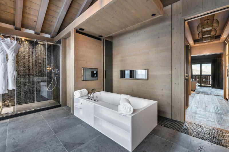 Chalet de luxe à louer COURCHEVEL, 900 m², 6 Chambres,