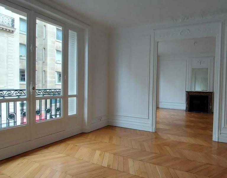 Verhuur Prestigieuze Appartement PARIS 7E