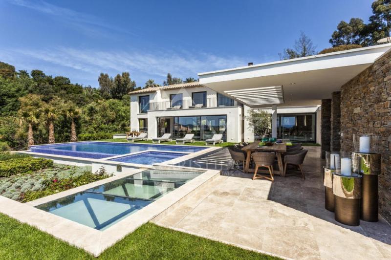 Luxury House for rent LA CROIX VALMER, 500 m², 10 Bedrooms,