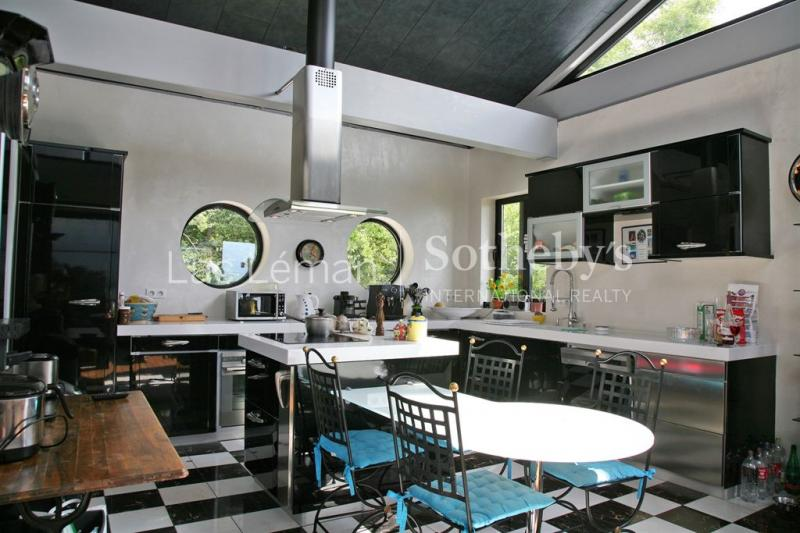 Propriété de prestige CHENS SUR LEMAN, 300 m², 4 Chambres, 2500000€