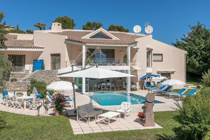 Prestige-Villa PEYMEINADE, 250 m², 7 Schlafzimmer, 2200000€