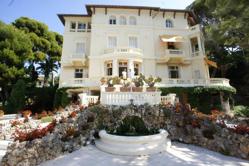 Prestige-Wohnung ROQUEBRUNE CAP MARTIN, 355 m², 6 Schlafzimmer, 18020000€