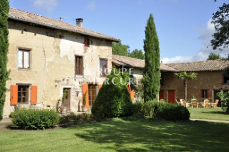 Maison de prestige SAINT TRIVIER SUR MOIGNANS, 301 m², 6 Chambres, 775000€