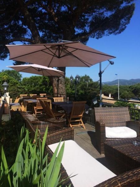 Prestige-Villa GASSIN, 650 m², 17 Schlafzimmer, 4056000€