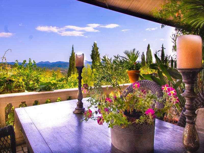 Villa de prestige CALLIAN, 345 m², 7 Chambres, 630000€