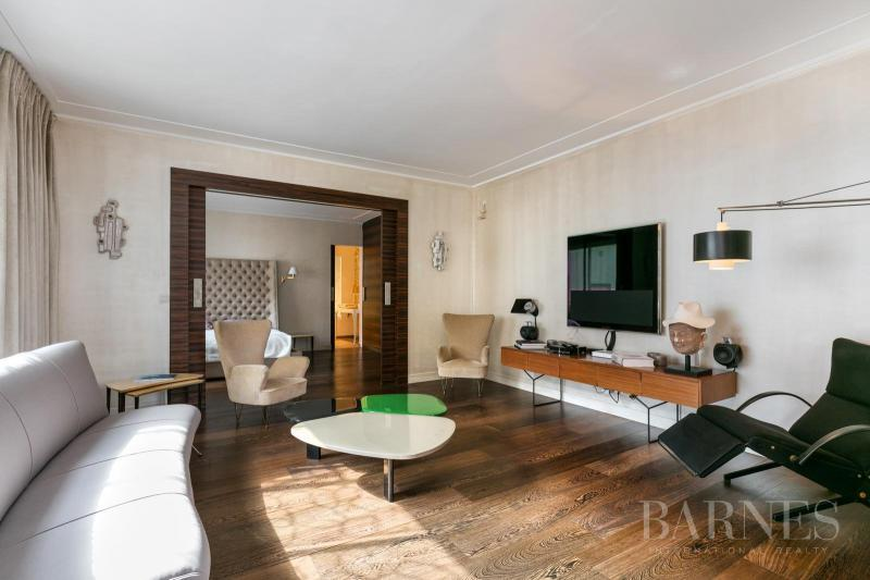Rental Prestige Apartment PARIS 8E