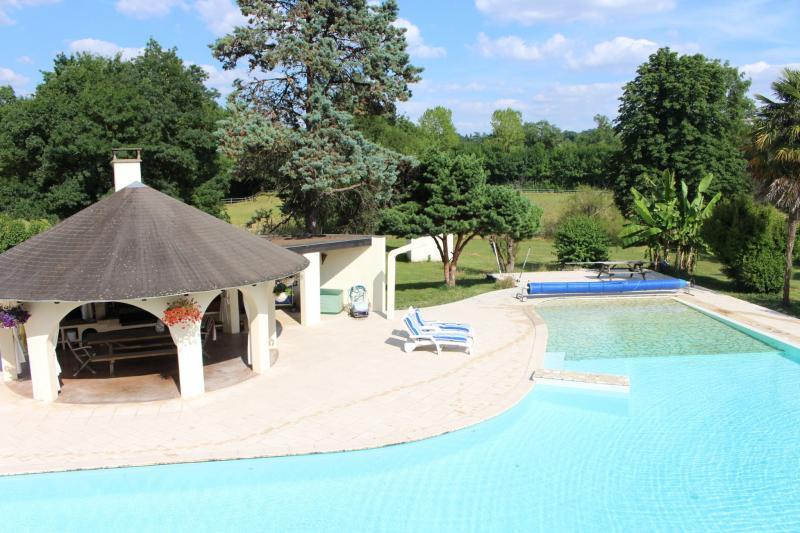 Propriété de prestige CONDOM, 600 m², 5 Chambres, 1600000€