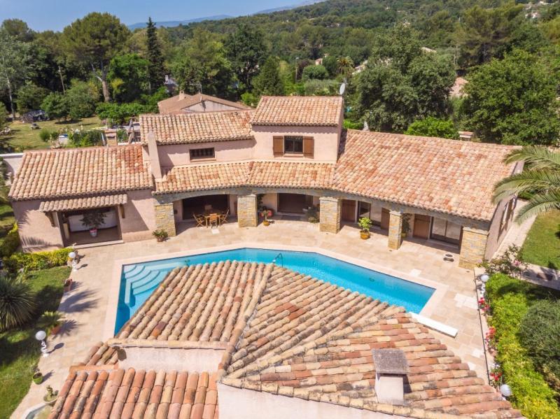 Propriété de prestige TOURRETTES SUR LOUP, 270 m², 3 Chambres, 899000€