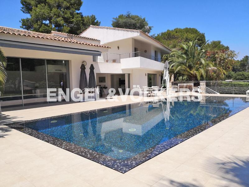 Prestige-Villa ANTIBES, 280 m², 4 Schlafzimmer, 2490000€