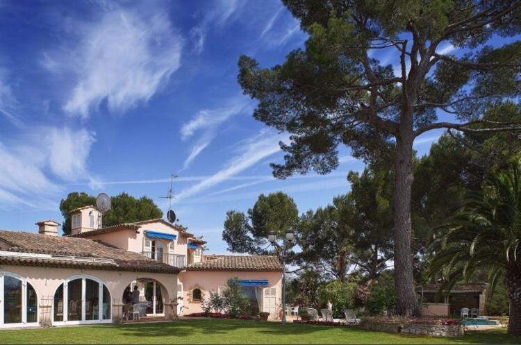 Vente Villa de prestige MOUGINS