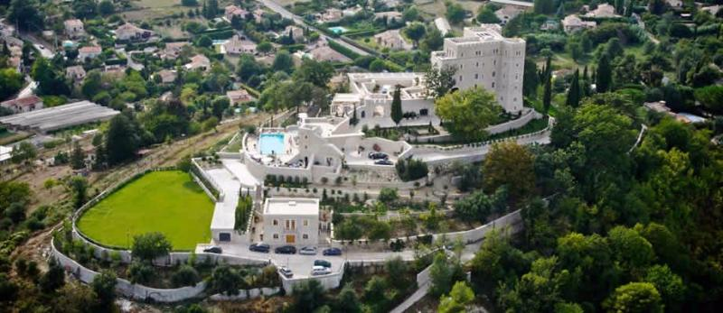 Luxury House for rent SAINT JEANNET, 13 Bedrooms,
