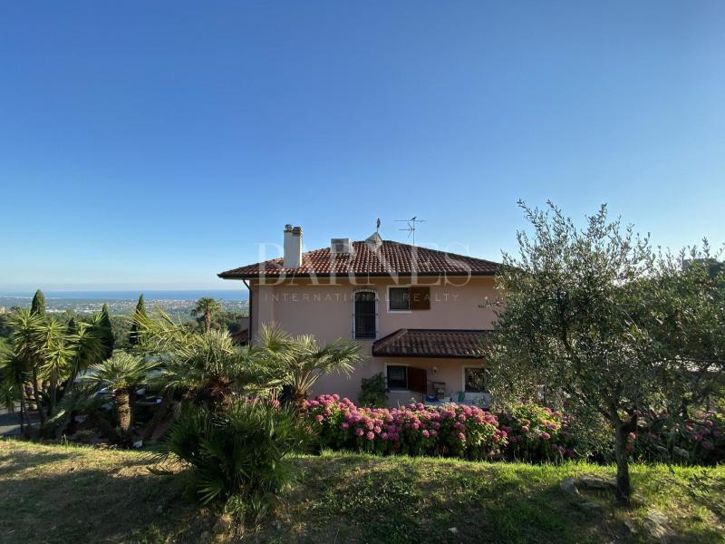 Verkauf Prestige-Villa MONTIGNOSO
