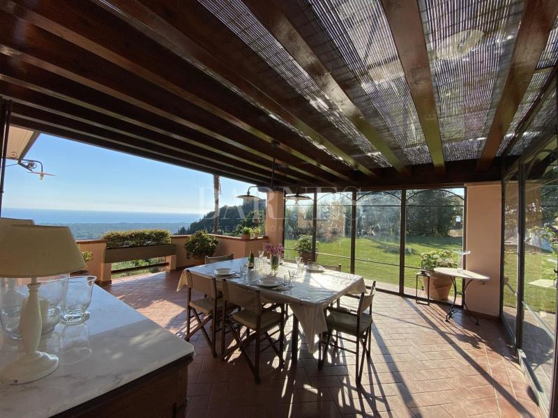 Verkoop Prestigieuze Villa MONTIGNOSO