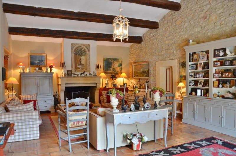 Prestige House EYGALIERES, 300 m², 6 Bedrooms, €2300000