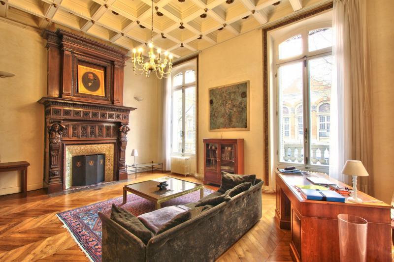 Location Appartement de prestige PARIS 17E
