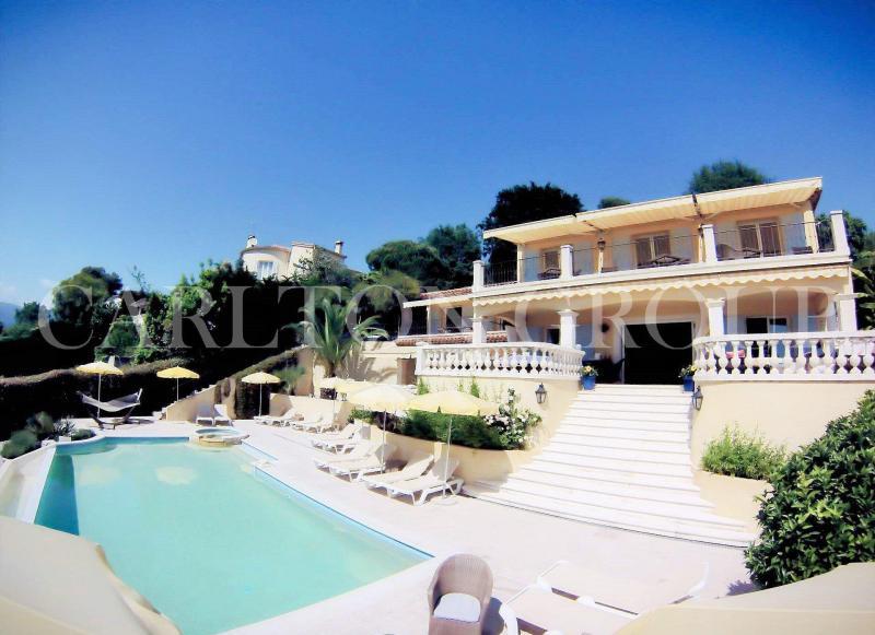 Prestige-Villa SAINT PAUL, 285 m², 7 Schlafzimmer, 1485000€