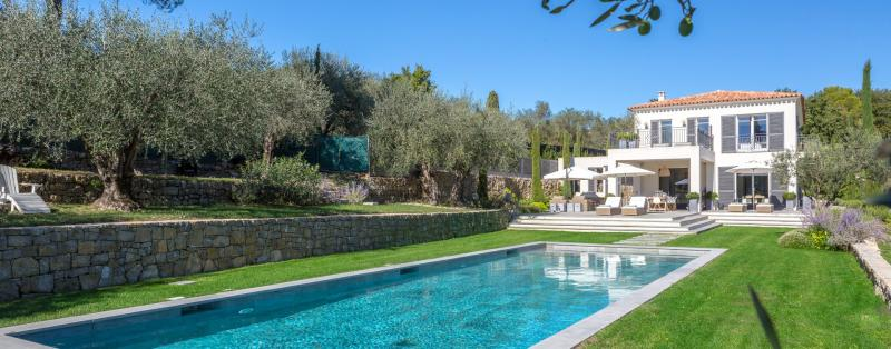 Luxury House for rent VALBONNE, 460 m², 4 Bedrooms,