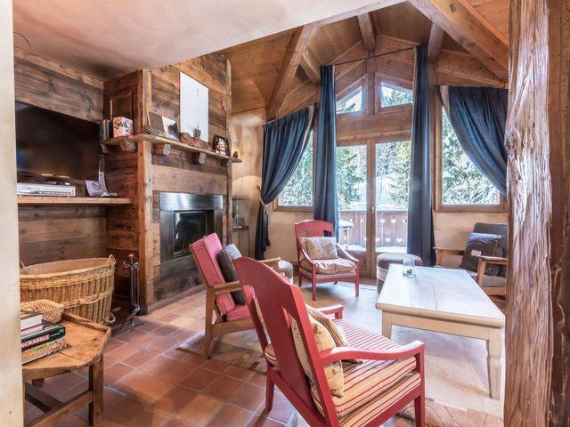 Chalet de luxe à louer COURCHEVEL, 150 m², 5 Chambres,