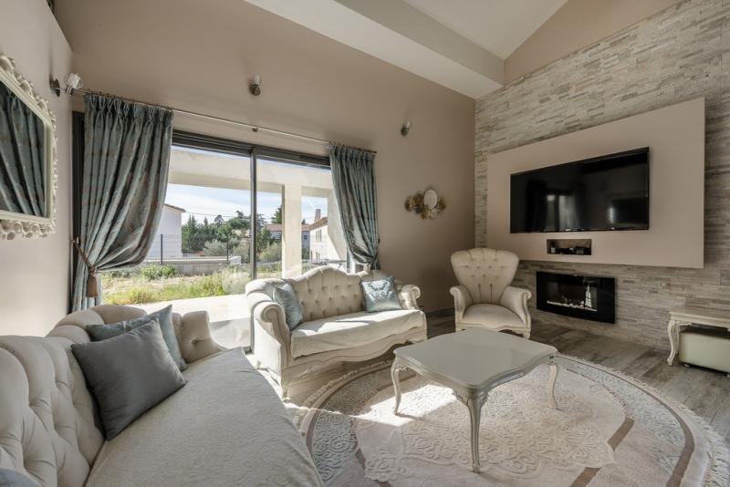 Verkauf Prestige-Villa LUYNES