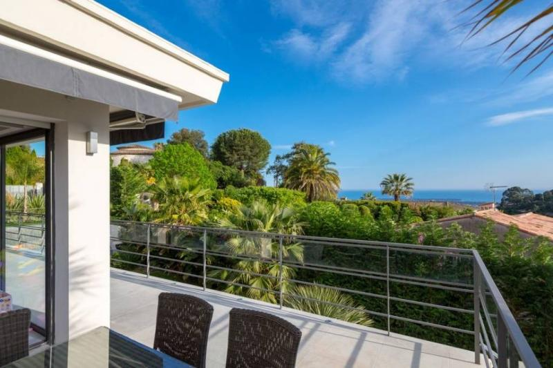 Long-term rentals luxury house CANNES 4 bedrooms 295 m2_1