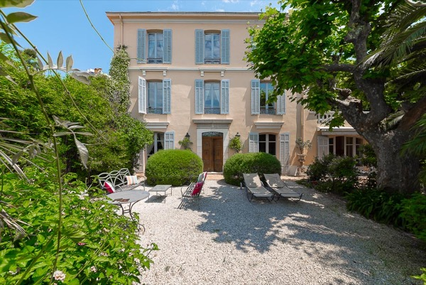 Luxury House for rent JUAN LES PINS, 4 Bedrooms,