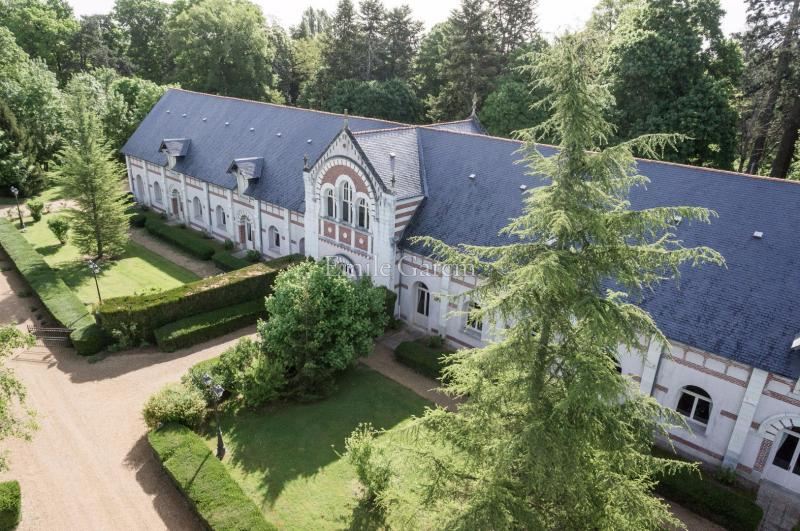 Prestige Property TOURS, 1400 m², 5 Bedrooms, € 1 280 000