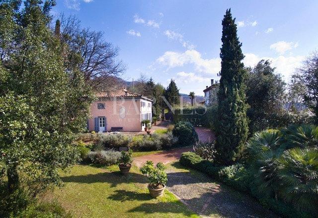 Verkoop Prestigieuze Villa CAPANNORI