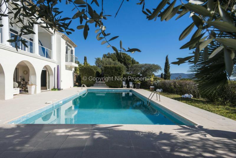 Prestige-Villa Nizza, 300 m², 5 Schlafzimmer, 3250000€