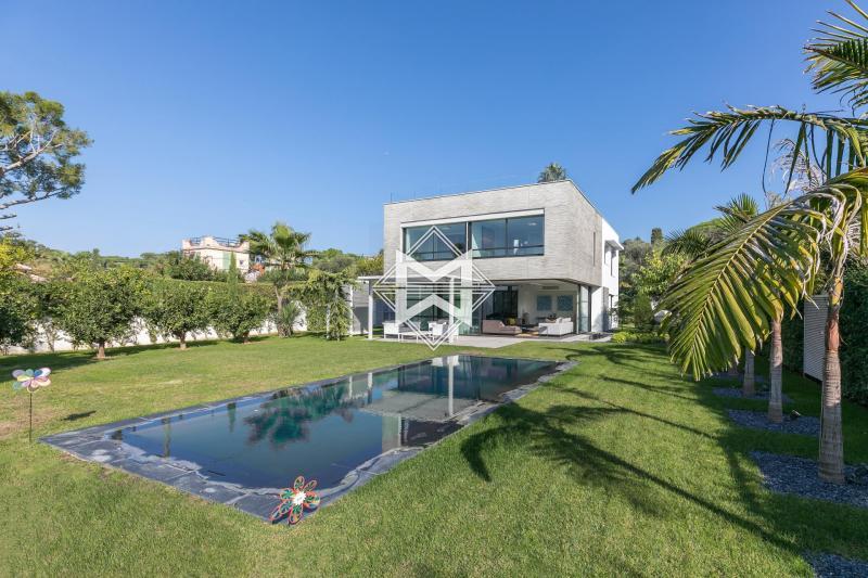 Prestige-Villa CAP D'ANTIBES, 325 m², 5 Schlafzimmer, 4900000€